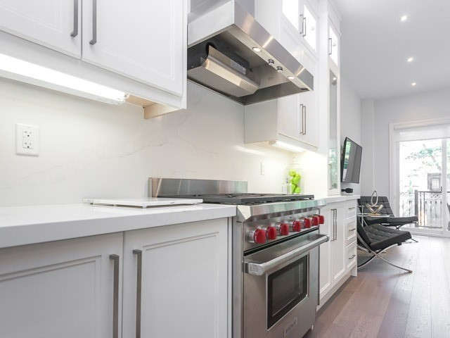 Detached at 6 Holborne Ave, Toronto, Ontario. Image 17