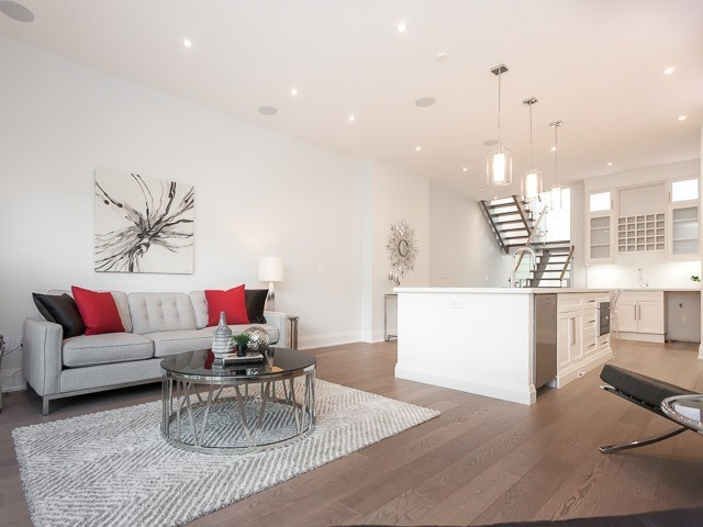Detached at 6 Holborne Ave, Toronto, Ontario. Image 2