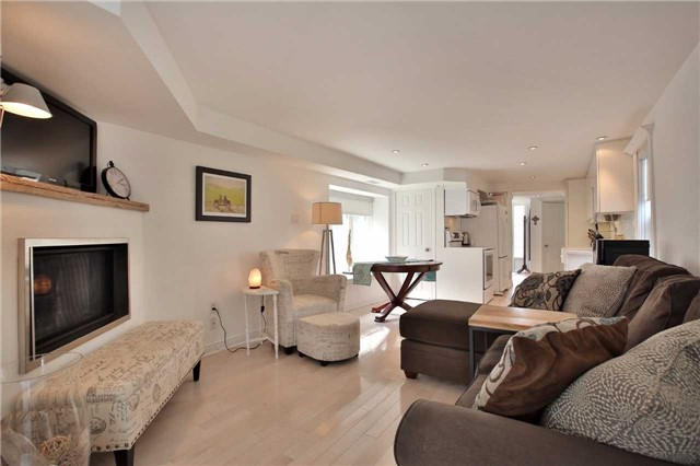 Detached at 48 West Beach Rd, Clarington, Ontario. Image 12