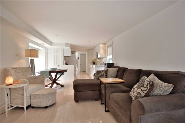 Detached at 48 West Beach Rd, Clarington, Ontario. Image 13