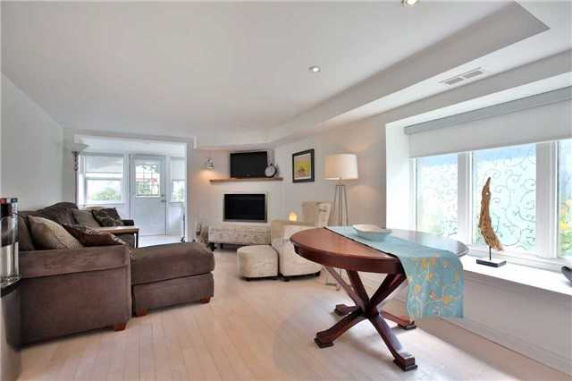 Detached at 48 West Beach Rd, Clarington, Ontario. Image 14