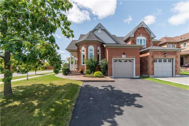 Detached at 114 Tremount St, Whitby, Ontario. Image 12