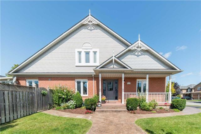 Detached at 114 Tremount St, Whitby, Ontario. Image 13