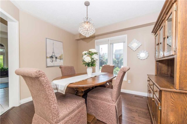 Detached at 114 Tremount St, Whitby, Ontario. Image 18