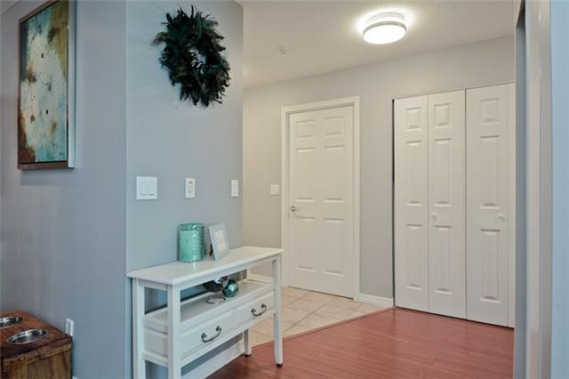 Condo Apartment at 340 Watson St, Unit 907, Whitby, Ontario. Image 14
