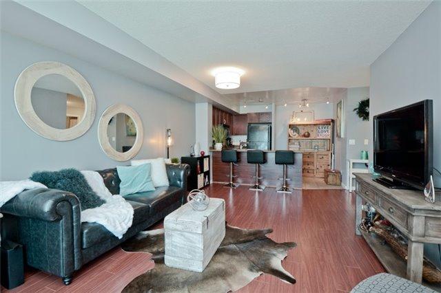 Condo Apartment at 340 Watson St, Unit 907, Whitby, Ontario. Image 20