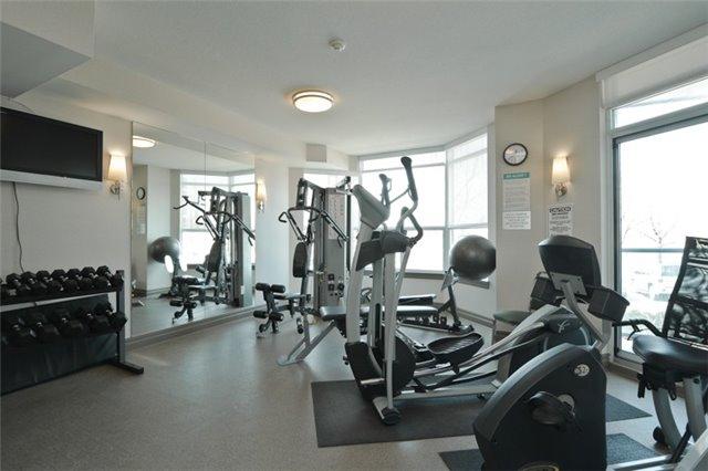 Condo Apartment at 340 Watson St, Unit 907, Whitby, Ontario. Image 13