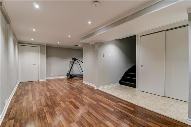 Condo Townhouse at 580 Eyer Dr, Unit 20, Pickering, Ontario. Image 8