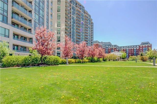 Condo Apartment at 88 Grangeway Ave, Unit 907, Toronto, Ontario. Image 7