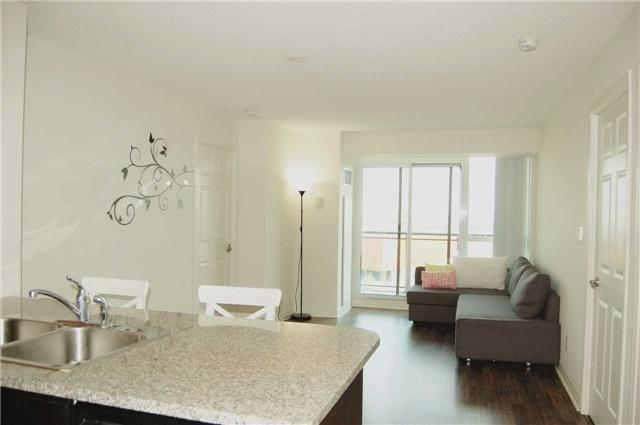 Condo Apartment at 88 Grangeway Ave, Unit 907, Toronto, Ontario. Image 9