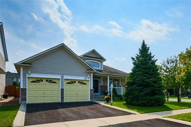Detached at 31 Holsted Rd, Whitby, Ontario. Image 1