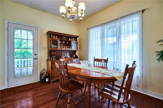 Detached at 31 Holsted Rd, Whitby, Ontario. Image 13