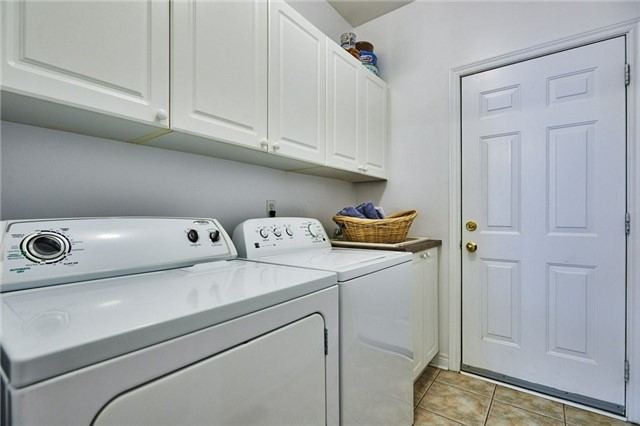 Detached at 31 Holsted Rd, Whitby, Ontario. Image 16
