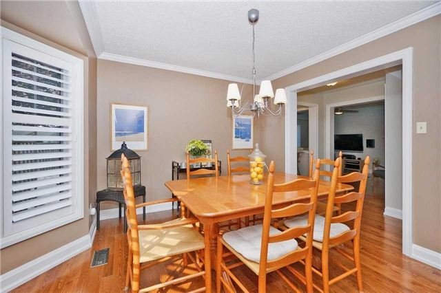 Detached at 18 Deverell St, Whitby, Ontario. Image 13