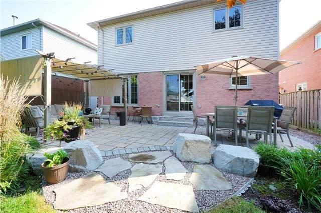 Detached at 18 Deverell St, Whitby, Ontario. Image 8