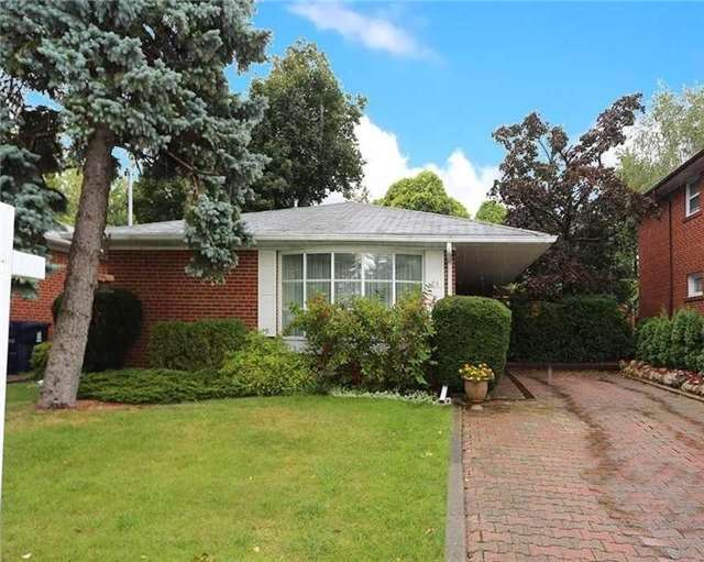 Detached at 93 Banmoor Blvd, Toronto, Ontario. Image 1