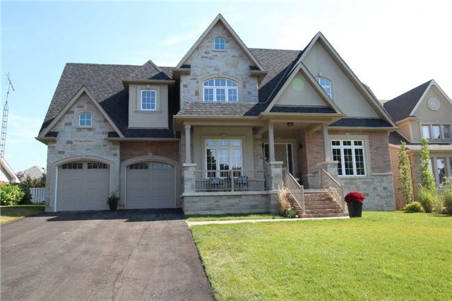 Detached at 97 Queen St, Whitby, Ontario. Image 1