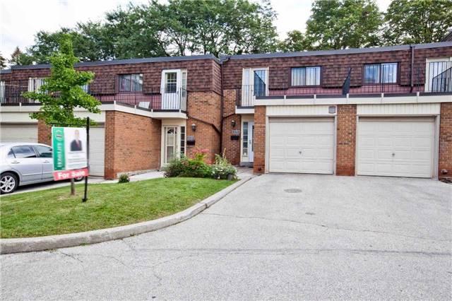 Condo Townhouse at 270 Sprucewood Crt, Toronto, Ontario. Image 1
