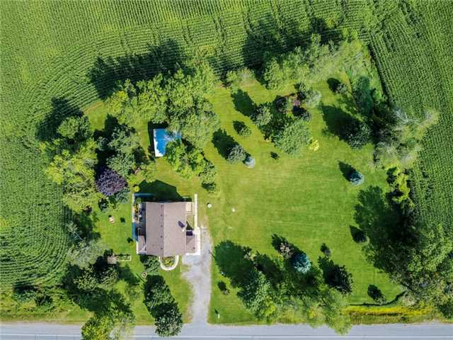 Detached at 3014 Highway 2, Clarington, Ontario. Image 13