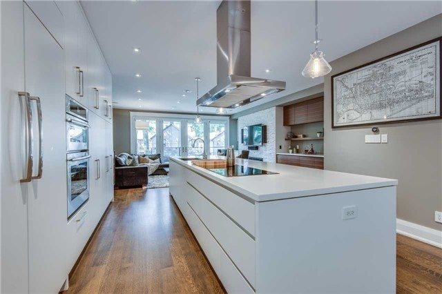Detached at 116 Beech Ave, Toronto, Ontario. Image 15