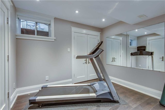 Detached at 116 Beech Ave, Toronto, Ontario. Image 7