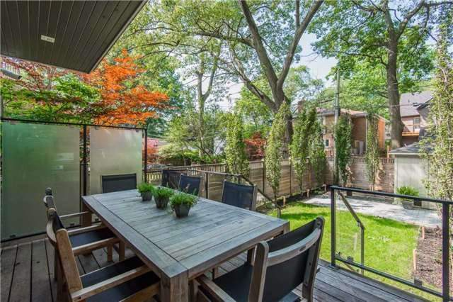 Detached at 116 Beech Ave, Toronto, Ontario. Image 9