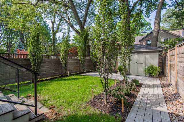 Detached at 116 Beech Ave, Toronto, Ontario. Image 10