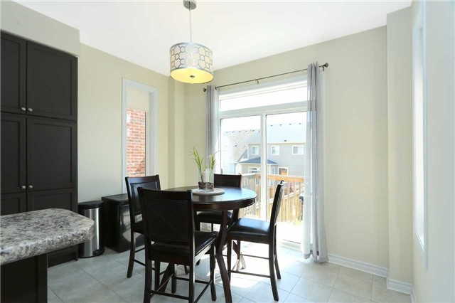 Link at 19 Chiswick Ave, Whitby, Ontario. Image 18