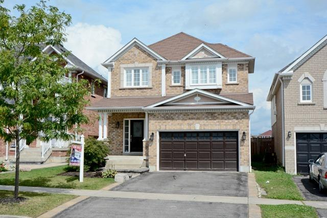 Detached at 3 Searell Ave, Ajax, Ontario. Image 1