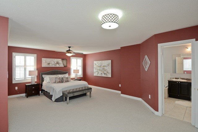 Detached at 3 Searell Ave, Ajax, Ontario. Image 2