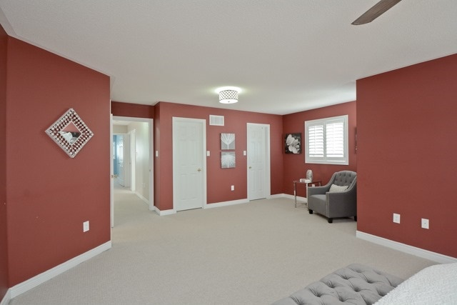 Detached at 3 Searell Ave, Ajax, Ontario. Image 3