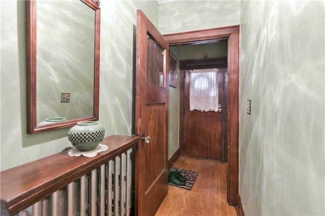 Detached at 340 Mortimer Ave, Toronto, Ontario. Image 14