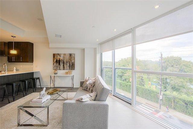 Condo Apartment at 2 Queensbury Ave, Unit 401, Toronto, Ontario. Image 19