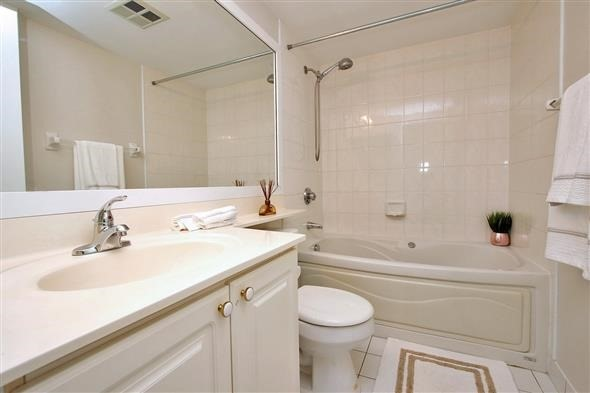 Condo Apartment at 88 Corporate Dr, Unit 1103A, Toronto, Ontario. Image 5
