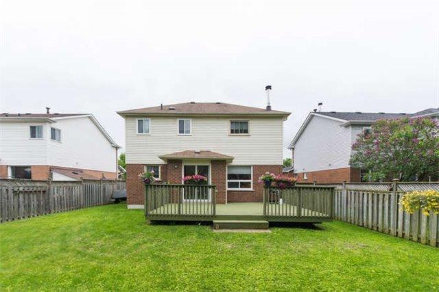 Detached at 14 Living Crt, Clarington, Ontario. Image 13