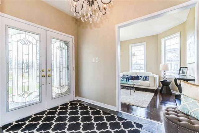 Detached at 106 Port Of Newcastle Dr, Clarington, Ontario. Image 15