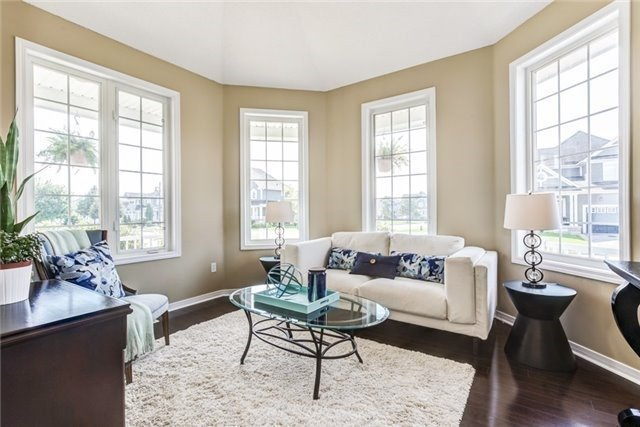 Detached at 106 Port Of Newcastle Dr, Clarington, Ontario. Image 16