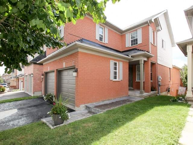 Detached at 12 Foundry Lane, Whitby, Ontario. Image 7