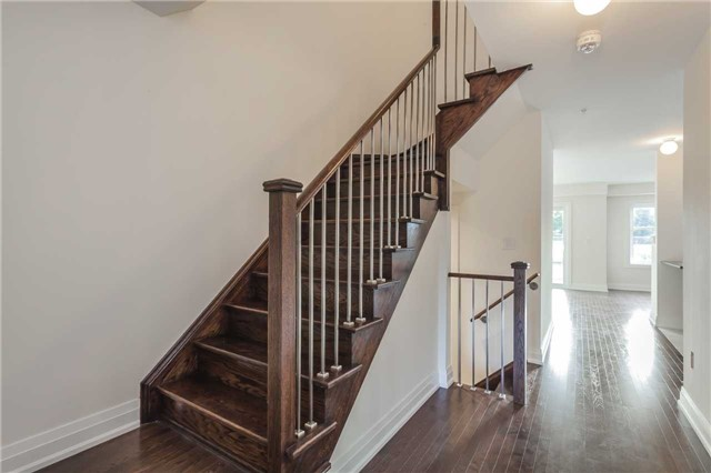 Townhouse at 46 Jerseyville Way, Whitby, Ontario. Image 15