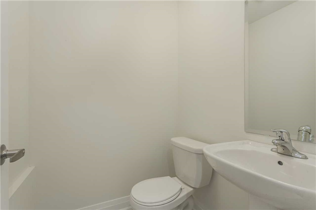 Townhouse at 46 Jerseyville Way, Whitby, Ontario. Image 4