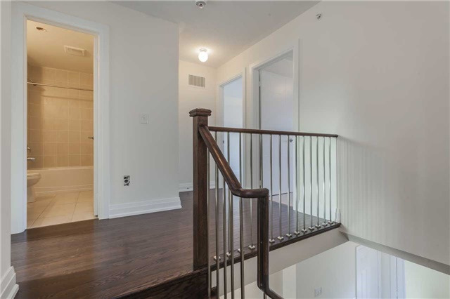 Townhouse at 46 Jerseyville Way, Whitby, Ontario. Image 5