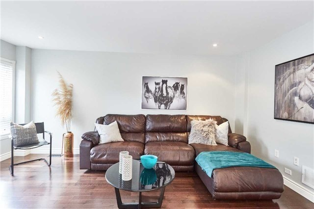 Detached at 60 Aster Cres, Whitby, Ontario. Image 3