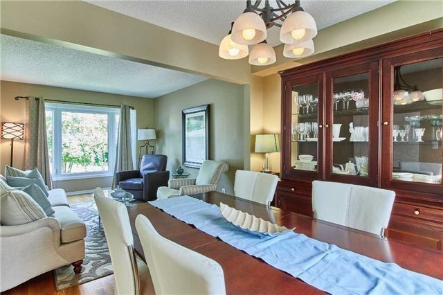 Detached at 6 Forest Heights St, Whitby, Ontario. Image 14