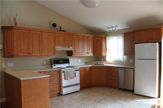 Detached at 2290 Clements Rd, Scugog, Ontario. Image 14