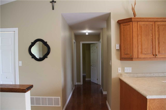 Detached at 2290 Clements Rd, Scugog, Ontario. Image 15