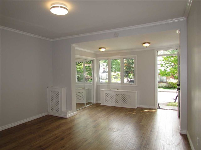 Semi-detached at 32 Aldwych Ave, Toronto, Ontario. Image 15