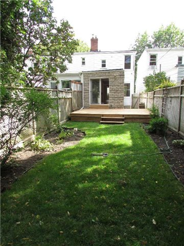 Semi-detached at 32 Aldwych Ave, Toronto, Ontario. Image 11