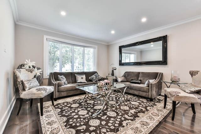 Detached at 15 Cherrydale Crt, Toronto, Ontario. Image 15