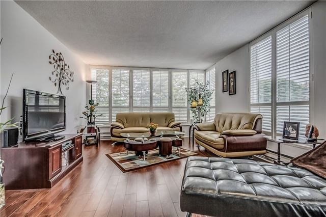 Condo Apartment at 4727 Sheppard Ave E, Unit 204, Toronto, Ontario. Image 18