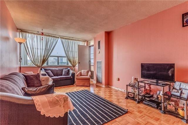 Condo Apartment at 25 Silver Springs Blvd, Unit 702, Toronto, Ontario. Image 15